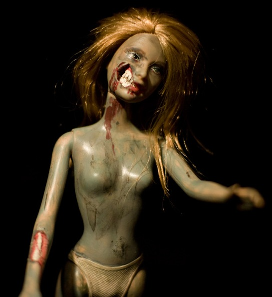 barbie_of_the_undead_04_0